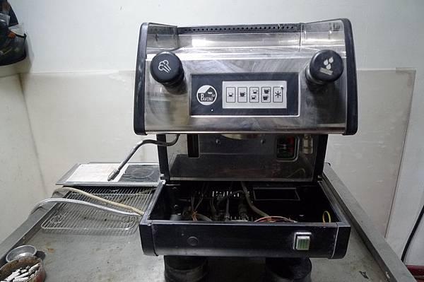 咖啡機維修PAVONI