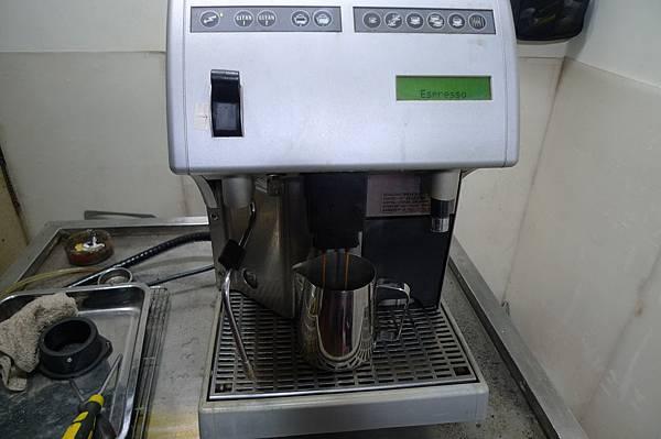 咖啡機維修 calimali