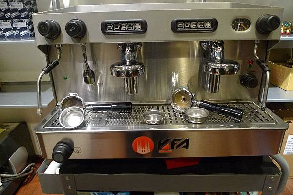 待嫁咖啡機