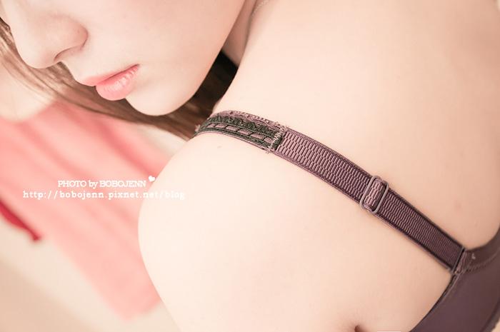 蕾黛絲真水輕真水變身迷人發電機的秘密胸器罩杯up心機穿搭