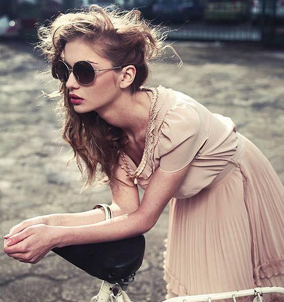retro-round-sunglasses