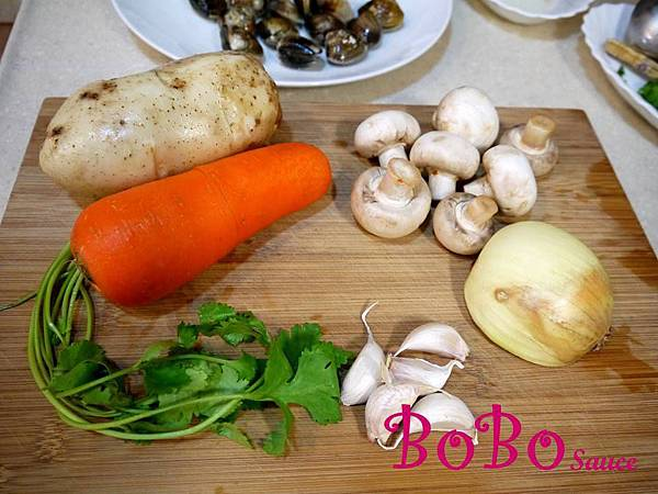 泰式綠咖哩海鮮蘑菇濃湯加字檔-3.jpg