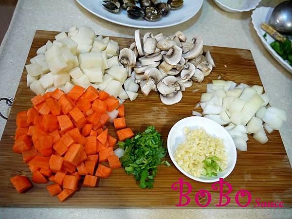 泰式綠咖哩海鮮蘑菇濃湯加字檔-4.jpg