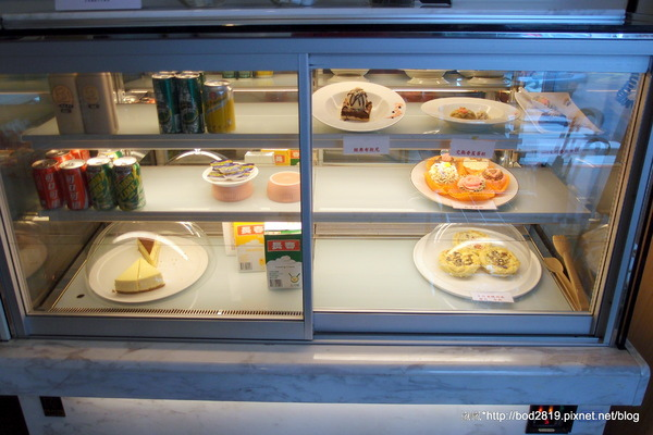 alfinee cafe 艾芬妮義麵坊:<口碑券>【台北松山】Alfinee cafe 艾芬妮義麵坊-義大利麵干貝好大!鹹派表現優秀!