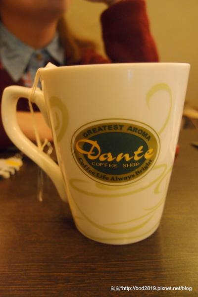 丹堤咖啡(萬大店):【台北萬華】丹堤咖啡-奶茶表現都還不錯