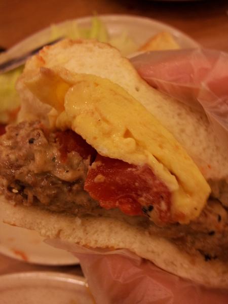 樂丘廚房:<口碑券NO5>【台中東海】樂丘廚房 二訪 潛艇堡好好吃 不推義大利麵