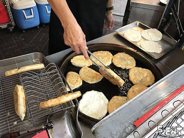 食記張家蔥油餅5.jpg