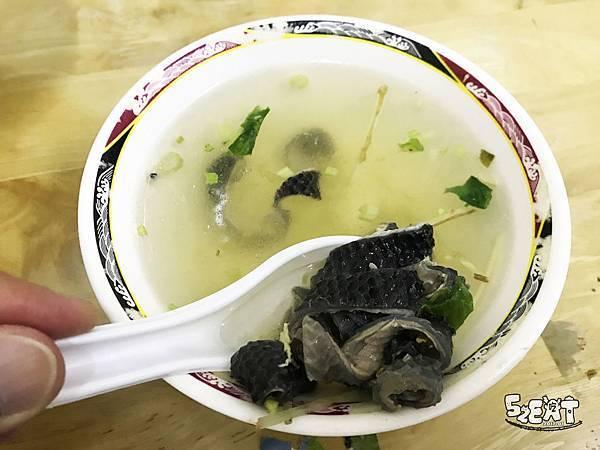 食記阿水伯魯肉飯12.JPG
