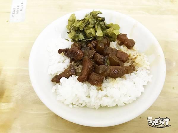 食記阿水伯魯肉飯8.JPG