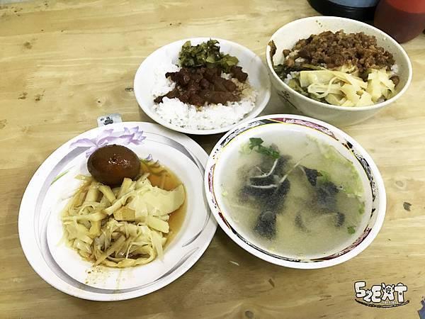 食記阿水伯魯肉飯13.JPG