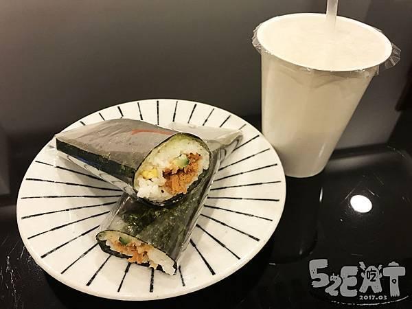 食記晨饗素食11.jpg