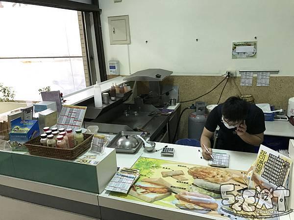 食記晨饗素食5.jpg