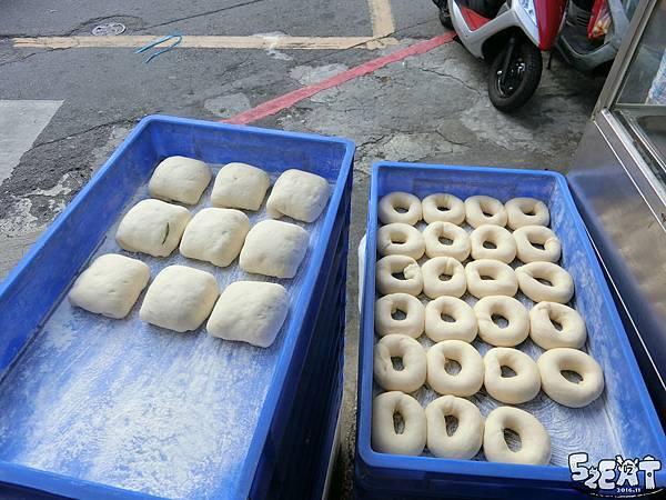 食記向上黃昏市場水煎包6.jpg
