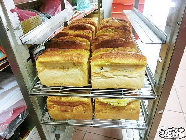 食記心心麵包6.jpg