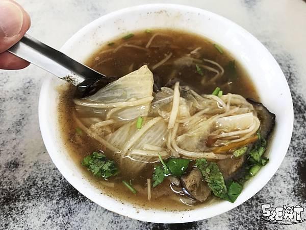 食記松哥爌肉飯鯊魚皮焿7.jpg