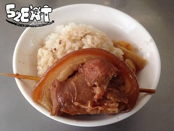 食記阿泉焢肉飯5.JPG