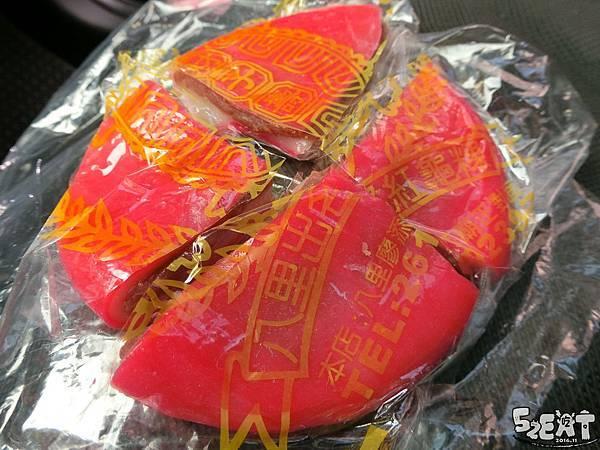 食記八里出名紅龜粿6.jpg