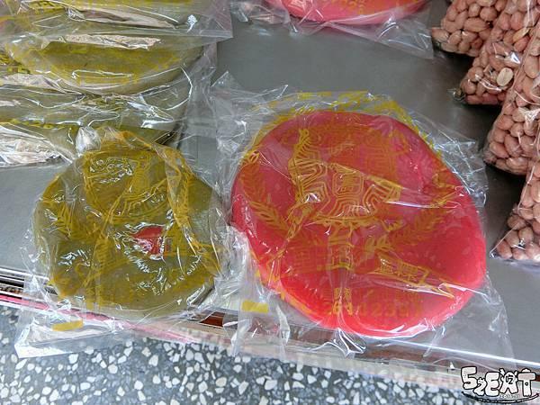 食記八里出名紅龜粿5.jpg