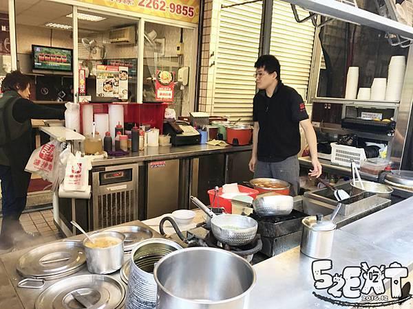 食記謝記醬拌飯4.jpg