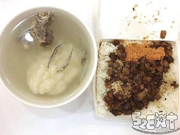 食記阿隆麵攤 (14).jpg