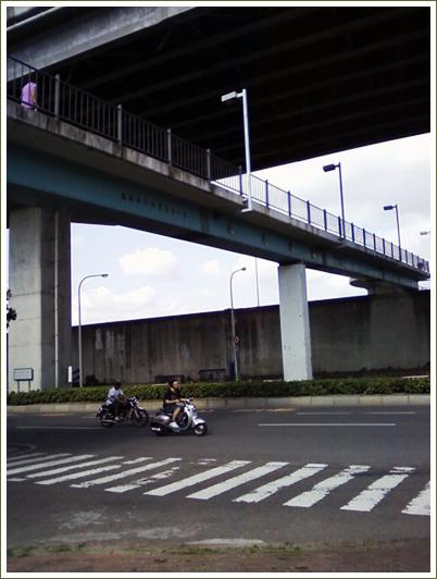 2長元陸橋.jpg