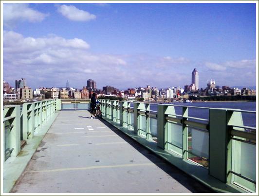 5陸橋上2.jpg