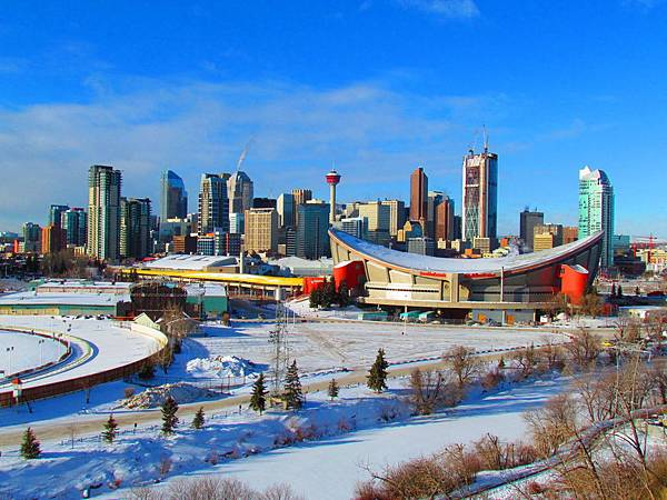 downtown_calgary___day_by_can_eh_dian-d37u789