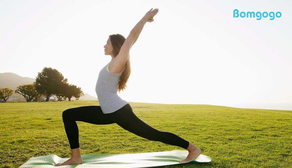 yoga-girl-wallpaper-33.jpg