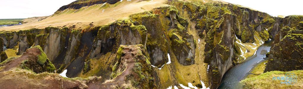 Fjaðrárgljúfur.羽毛峽谷