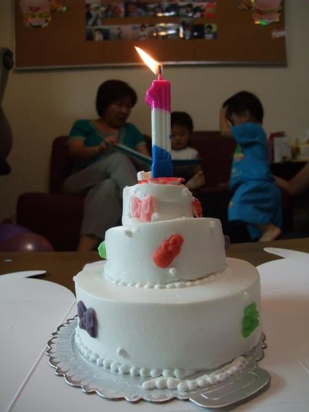 弟弟1歲生日蛋糕