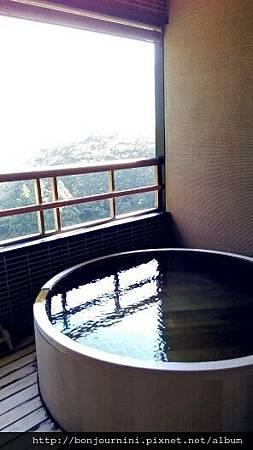私人溫泉浴池