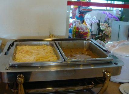 咖哩和義麵.JPG