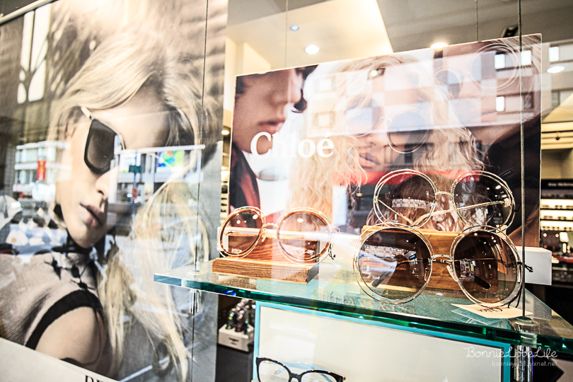 配件 / 高雄鹽埕「銓國精品眼鏡」眼鏡框架種類超多、名牌精品樣式齊全,讓眼鏡變成你時尚的配件