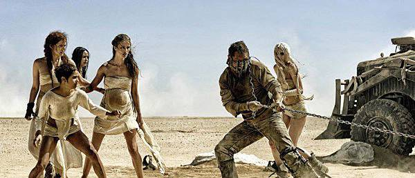 Mad-Max-Fury-Road-Max-and-the-wives-700x300.jpg