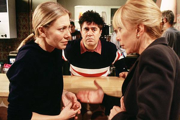 all-about-my-mother-1999-002-pedro-almodovar-on-set