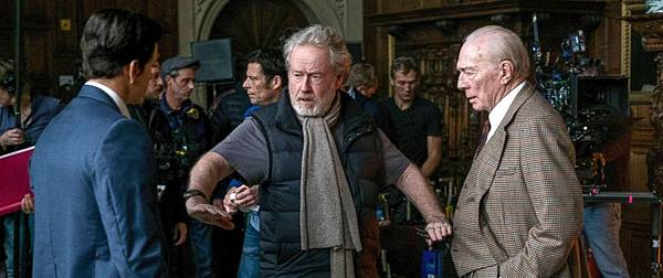 ridley-scott-set-money-ap-ps-171221_2_12x5_992