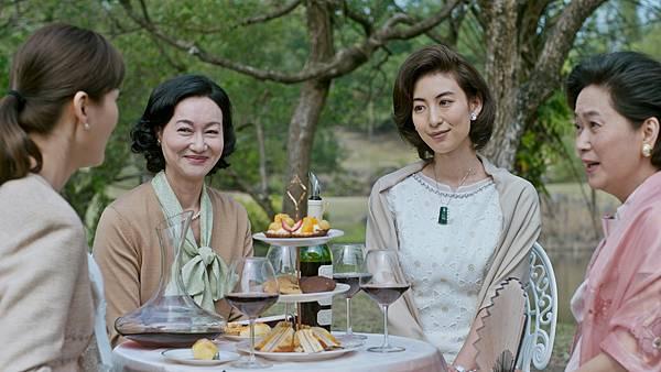 01-血觀音(双喜電影)左起-陳珮騏-惠英紅-麻梨子-王月