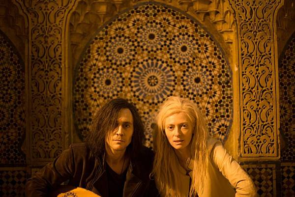 Only-Lovers-Left-Alive-07