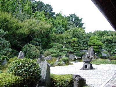 東福寺-靈雲院--九山八海-庭.jpg