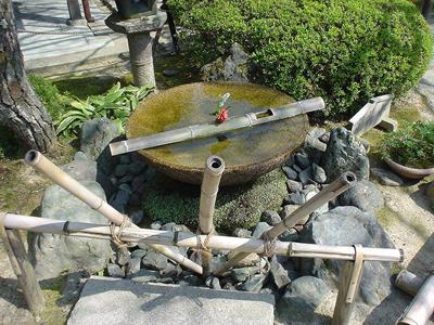 京都--光寺-水琴窟.jpg