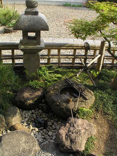 丹波水琴窟(安間家庭園)(松岡明芳-作).jpg