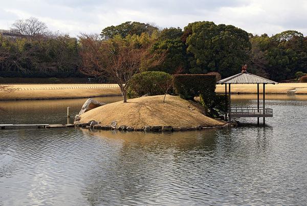 御野島と釣殿.jpg