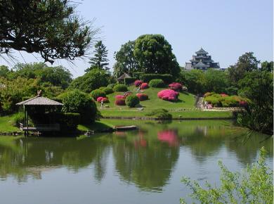 後楽園から岡山城を望む1.jpg