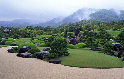 春の枯山水庭.jpg