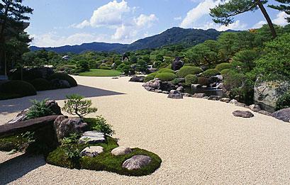 夏の枯山水庭.jpg
