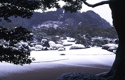 亀鶴の滝冬景色.jpg