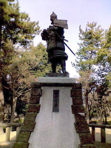 織田信長公像(清洲公園).JPG
