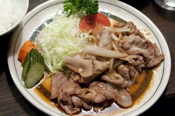 生姜焼き定食.jpg