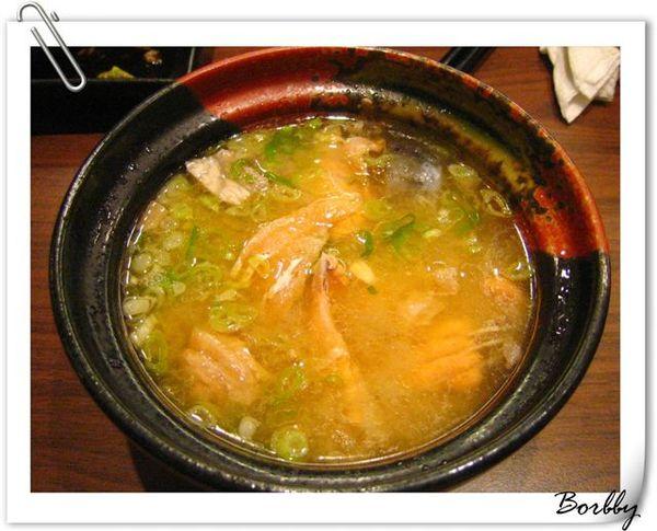 鮭魚味增湯,一碗80元