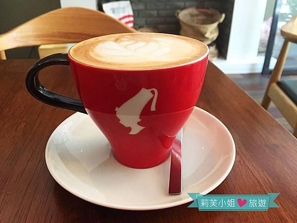 Think Café No5